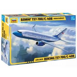 BOEING 737-700/C40B