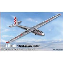 L-16 Blanik glider